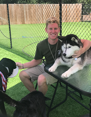 Kennel-Attendant-Andy